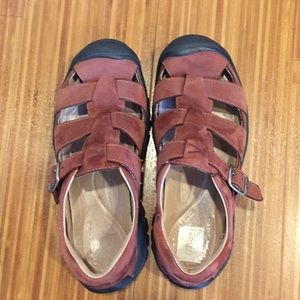 Keen Suede Buckle Shoes